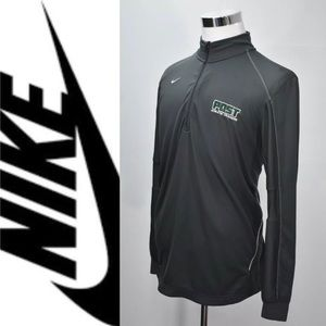 NIKE Athletic Post training performing sweater